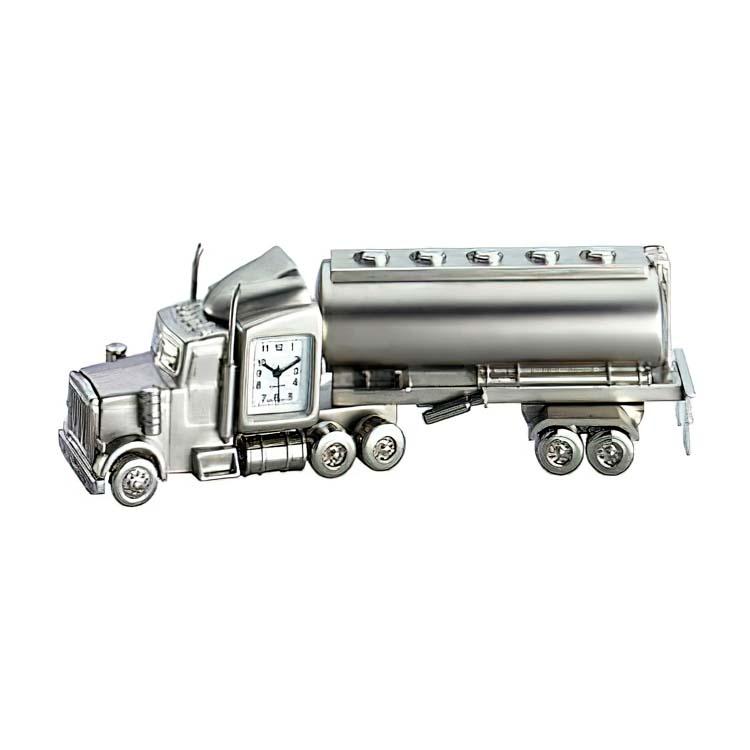 Horloge camion citerne en métal