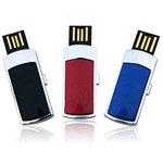 Mini bâton USB avec port téléscopique