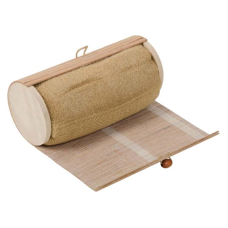 Serviette dans une boîte de bambou #3