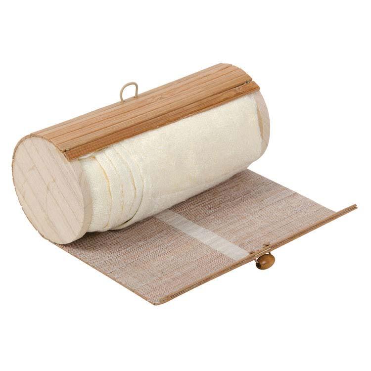 Serviette dans une boîte de bambou #4