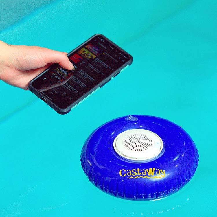 Bouée flottante gonflable Castaway avec haut-parleur étanche #3