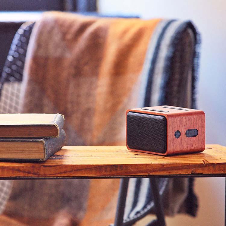 Haut-parleur sans fil en acajou avec chargeur sans fil #3