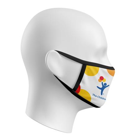 Masque fait au Canada #3