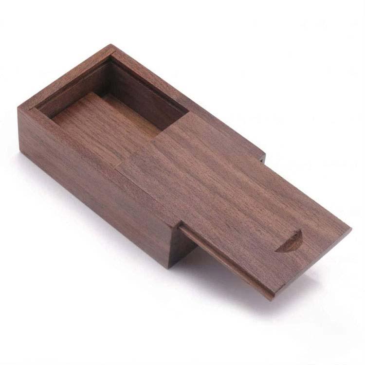 Boîte en bois pour clé USB #2