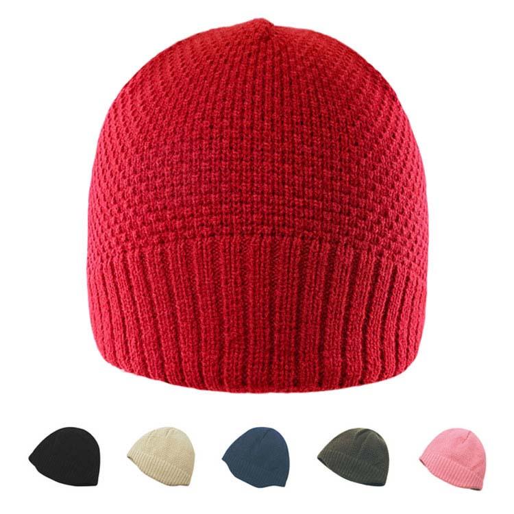 Bonnet en jacquard à carreaux ton sur ton avec bord en tricot