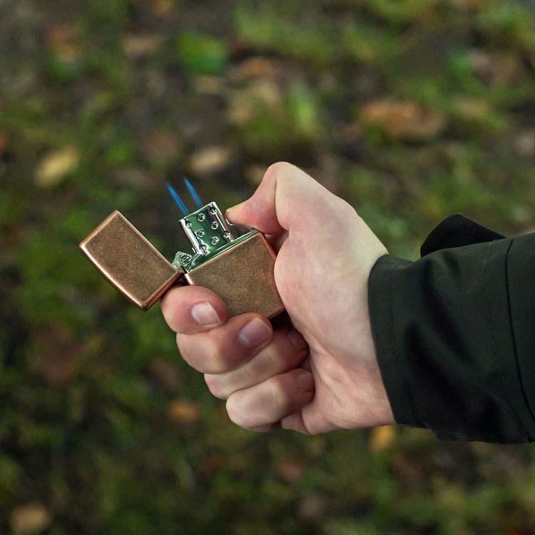 Coffret cadeau briquet Zippo mat et insert double butane #2