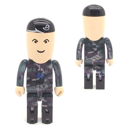 Personnage USB militaire